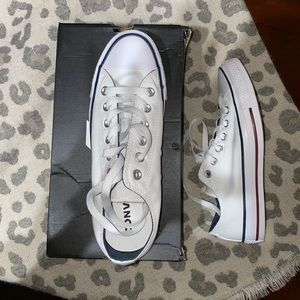 Chuck Taylor Low Top White Converse